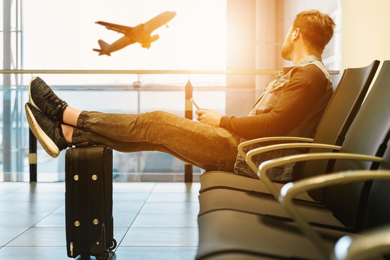 airport-airplane-verona